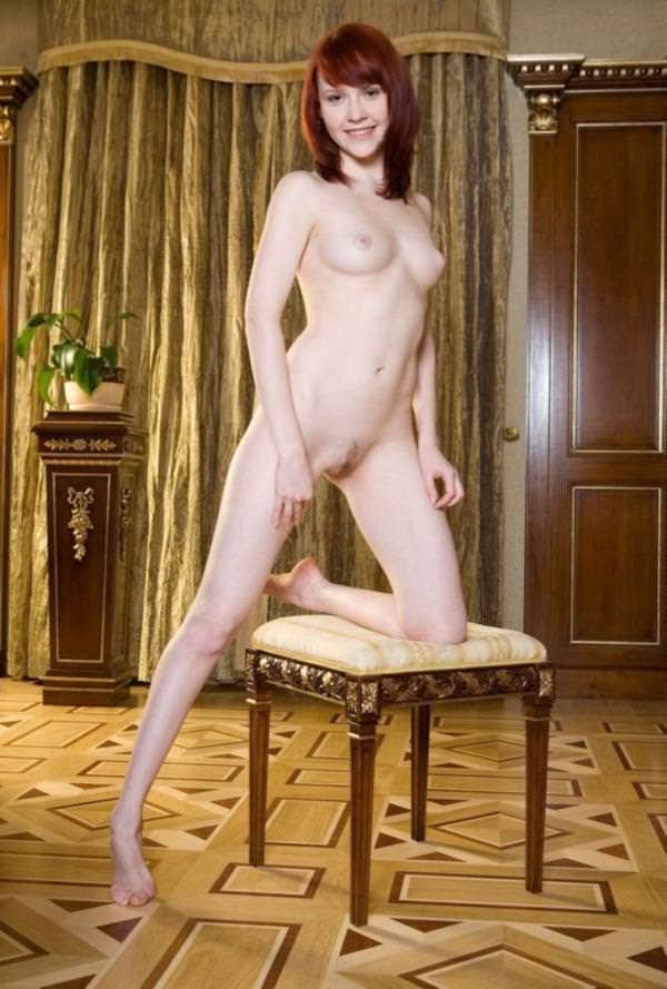 赤毛の外国人美女ヌード 34