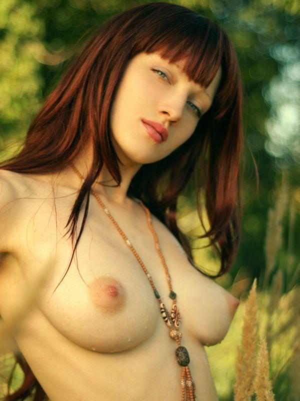 赤毛の外国人美女ヌード 49