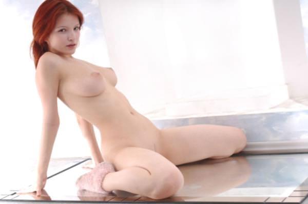 赤毛の外国人美女ヌード 50