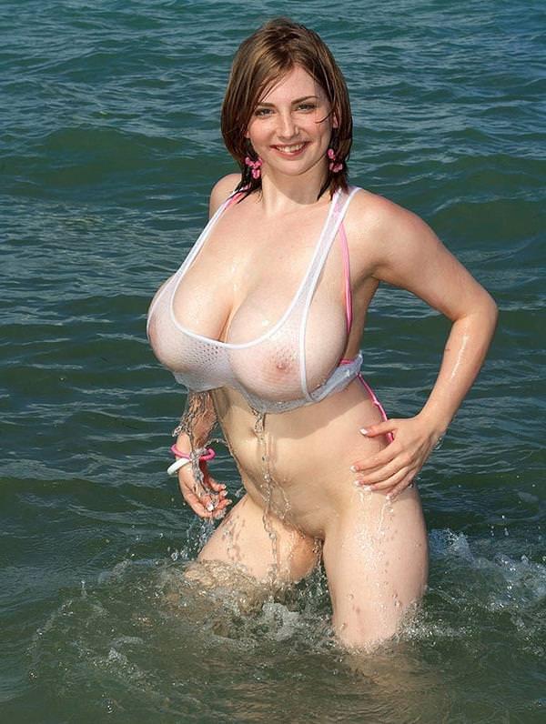 爆乳の外国人女性 35