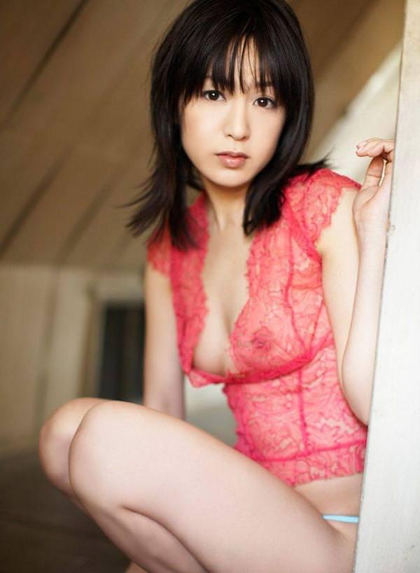 シースルー 透け乳首 画像 4
