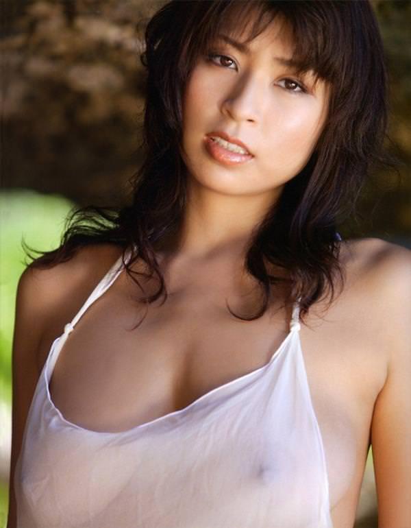 シースルー 透け乳首 画像 16