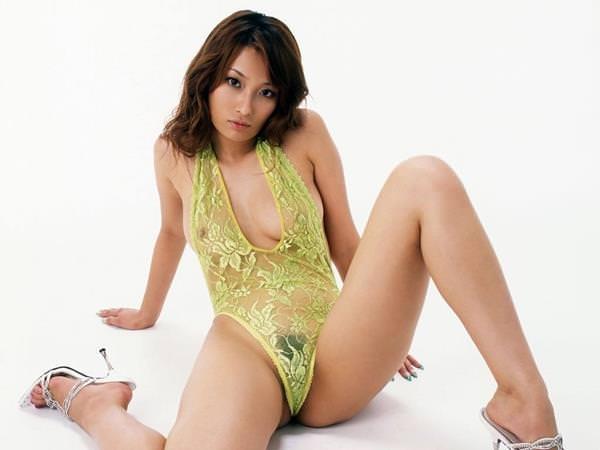 シースルー 透け乳首 画像 21