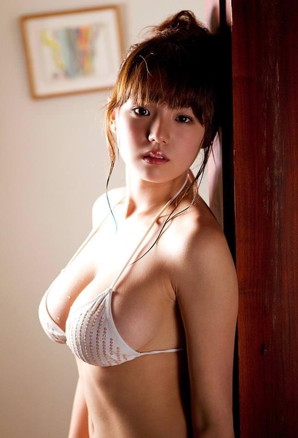 セクシー水着のハミ乳 4