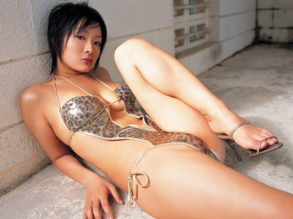 セクシー水着のハミ乳 39