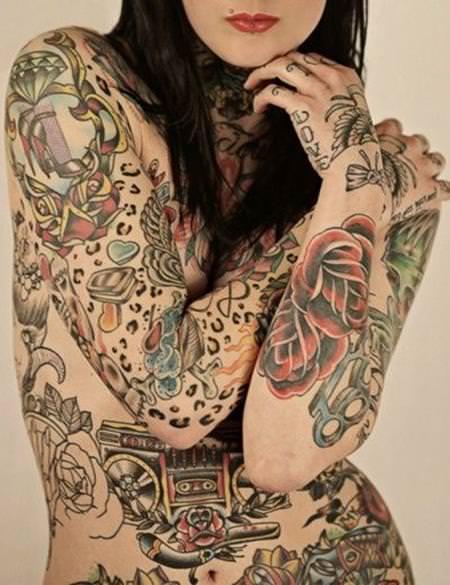 タトゥー外国人ヌード 25
