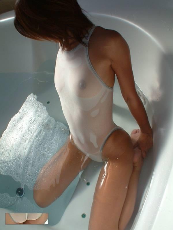 水に濡れて透けてる 画像 38