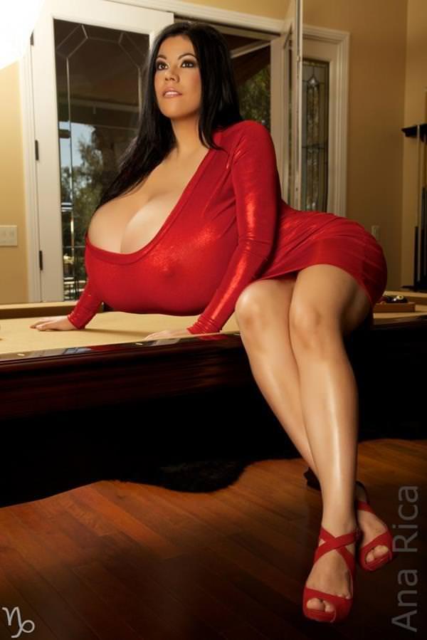 超乳の外国人女性 34