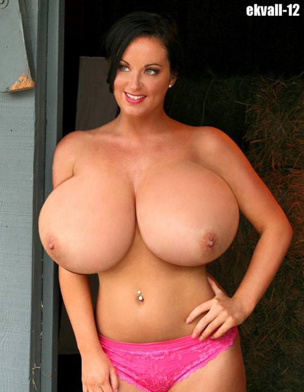 超乳の外国人女性 66