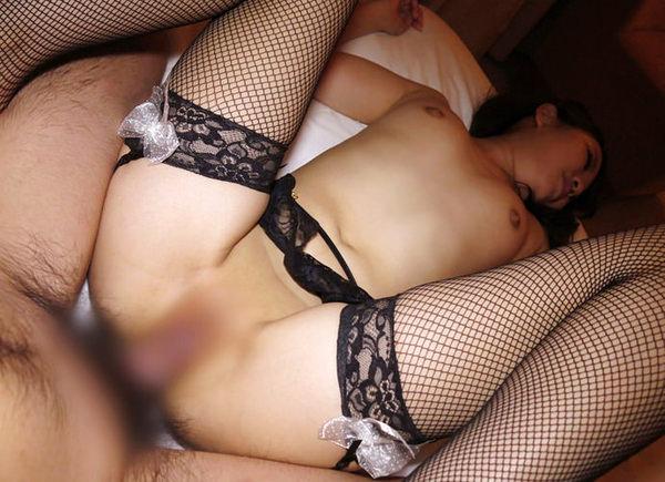 網タイツ履いたままセックス 8