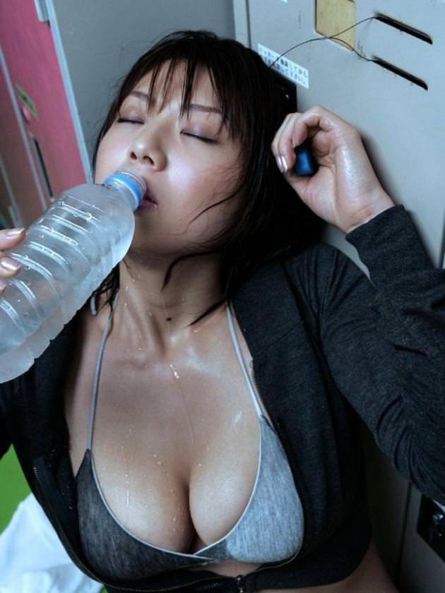 汗だくの女の子 23