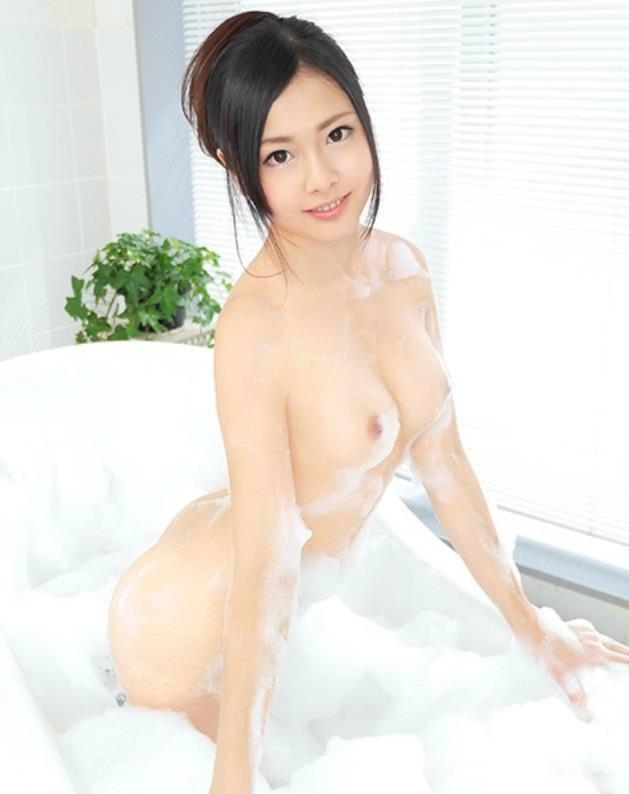 泡ヌード 34