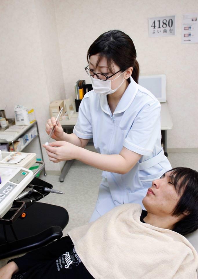 エロい歯科衛生士 3