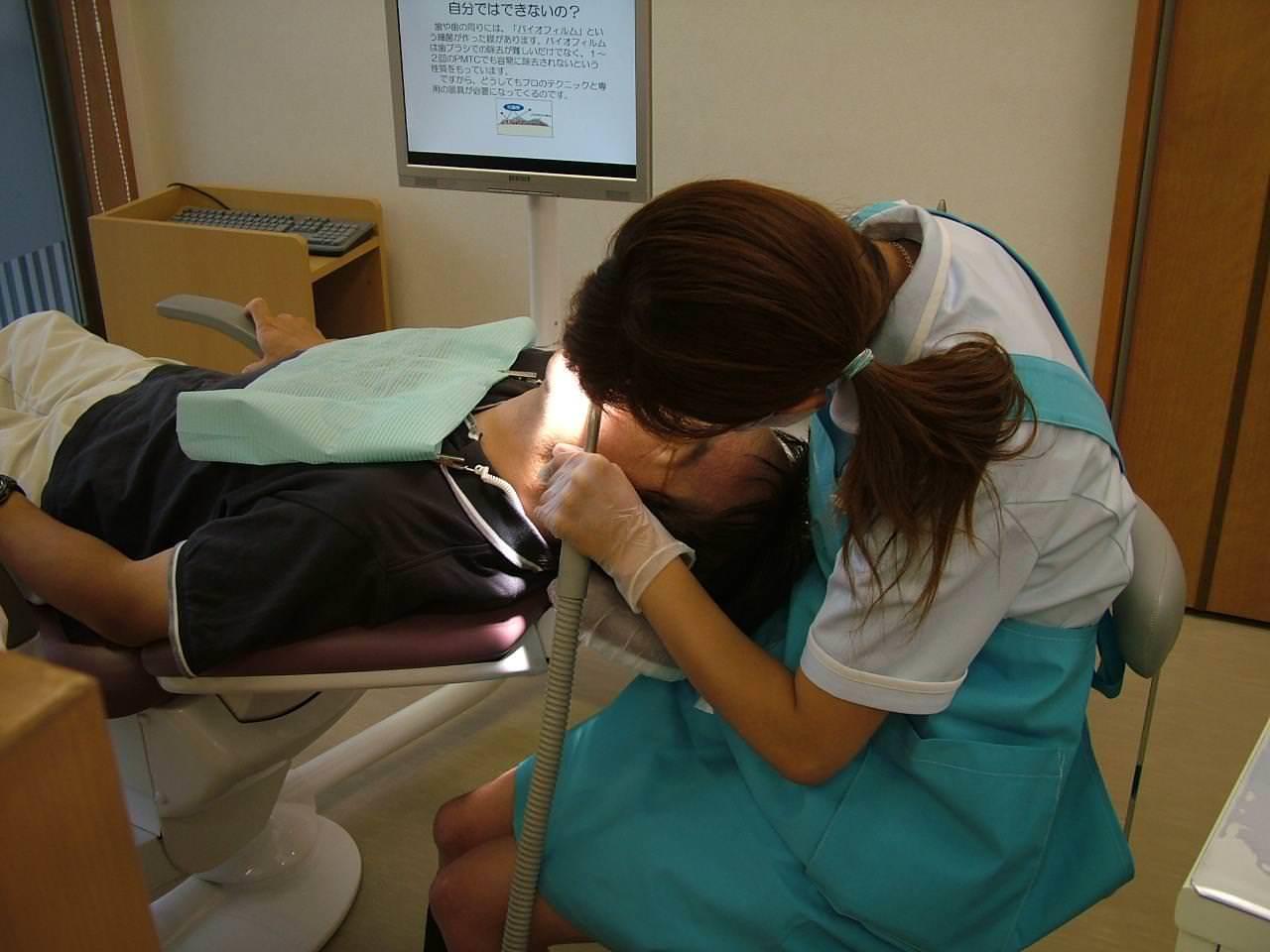 エロい歯科衛生士 9