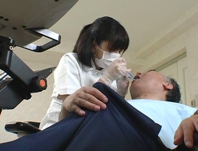 エロい歯科衛生士 25