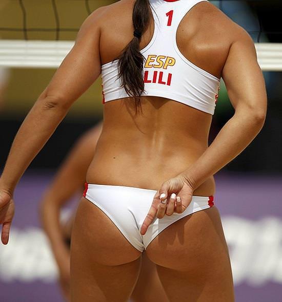 エロい体した女子ビーチバレー選手 20