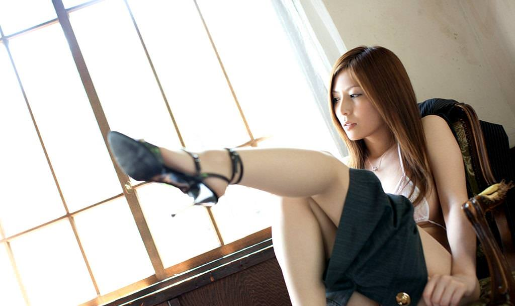 美脚のAV女優 24