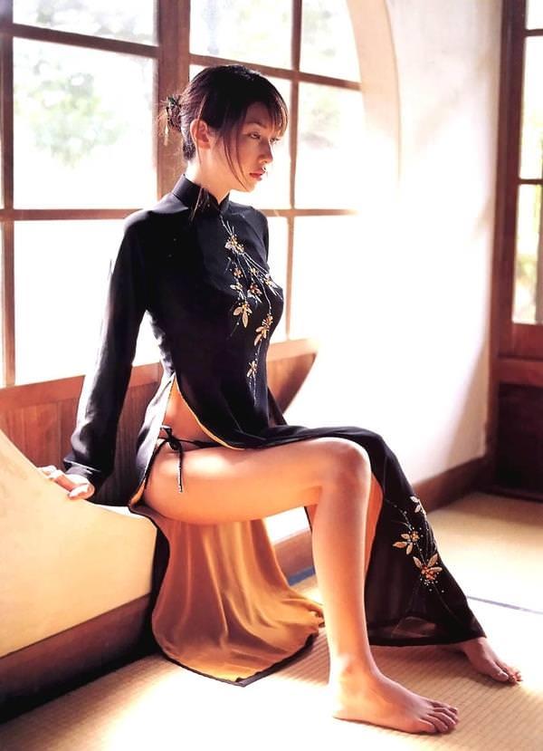 チャイナドレスの美脚 6