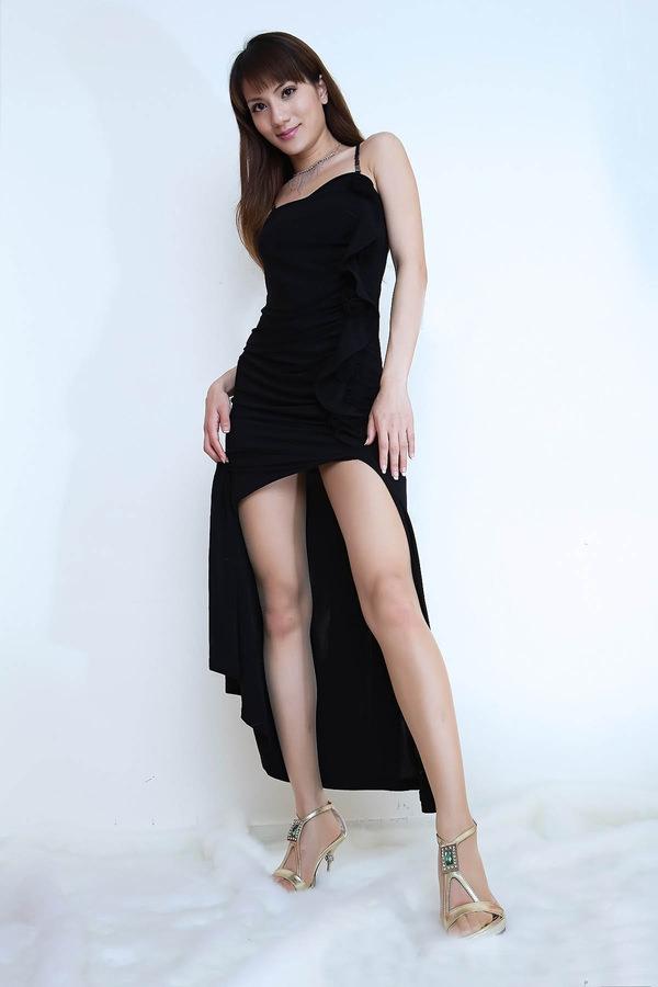 チャイナドレスの美脚 21