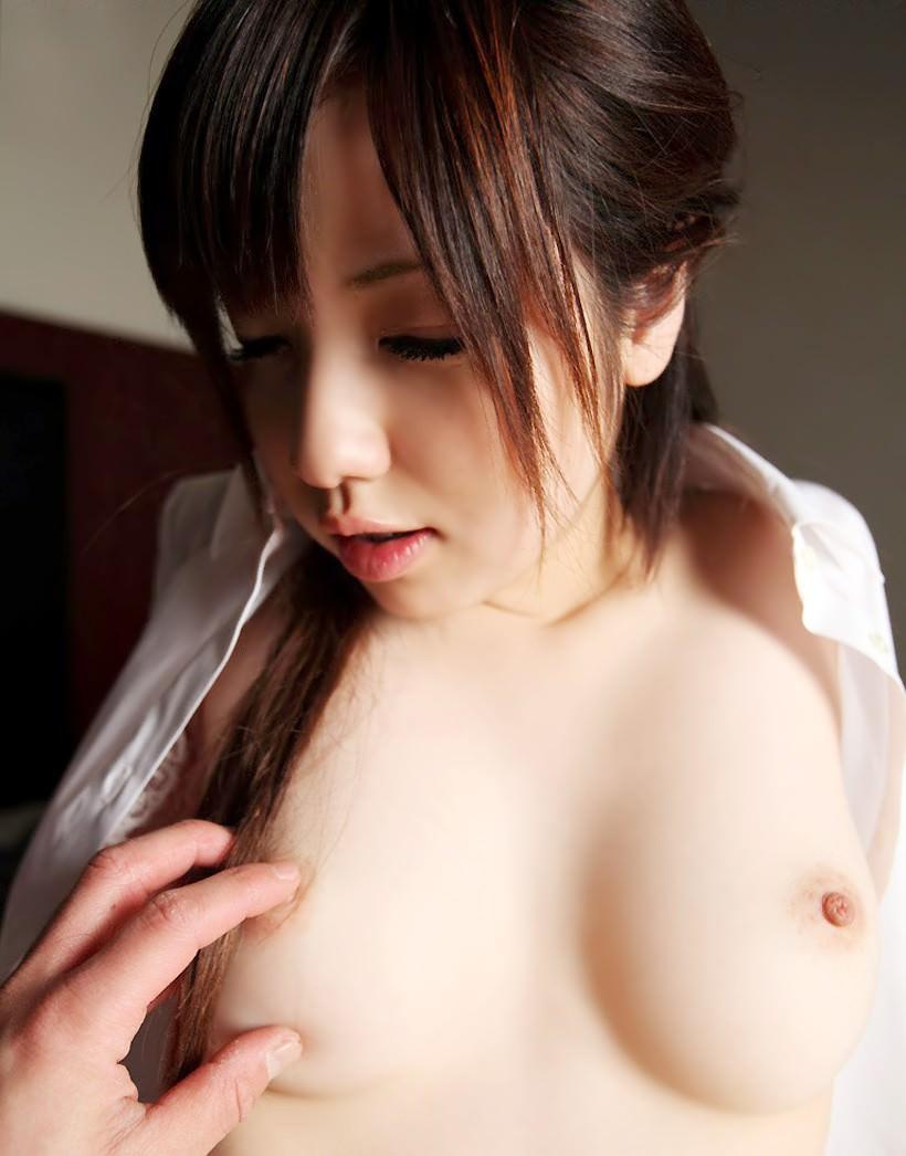 美少女の乳首 24