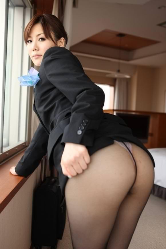 美人CAとセックス 24