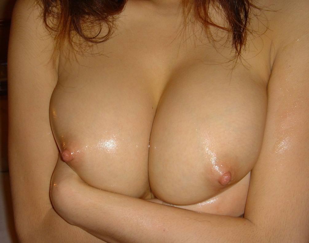 超美乳の女の子 14
