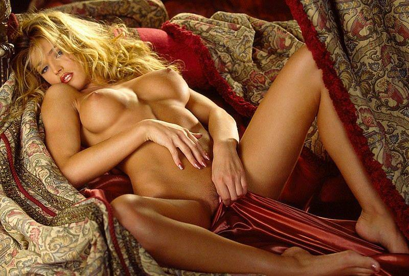 セクシーなエロ顔の外国人美女 18