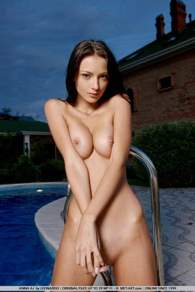 セクシーなエロ顔の外国人美女 30