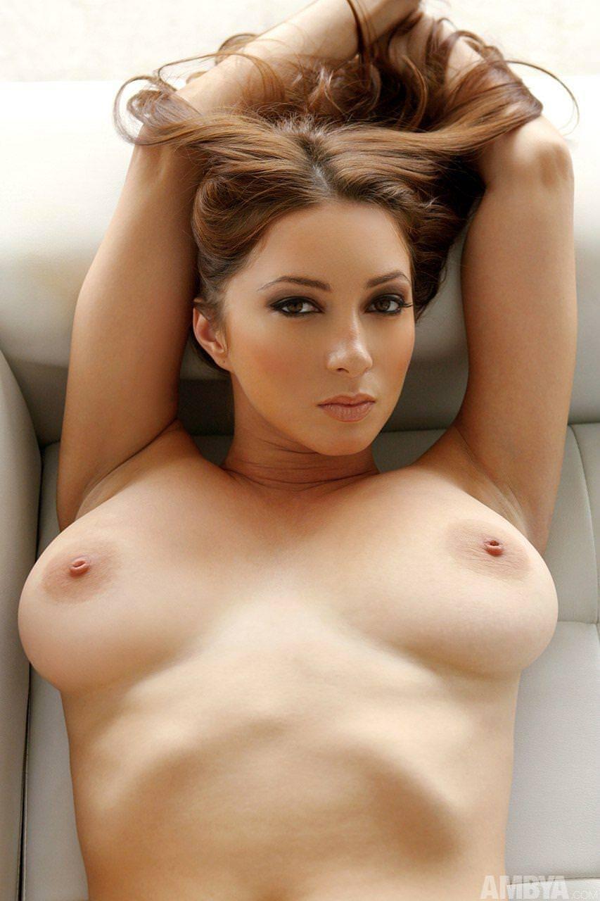 セクシーなエロ顔の外国人美女 31