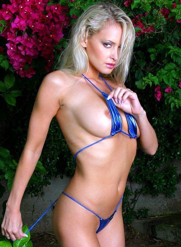 エロ水着の外国人美女 1