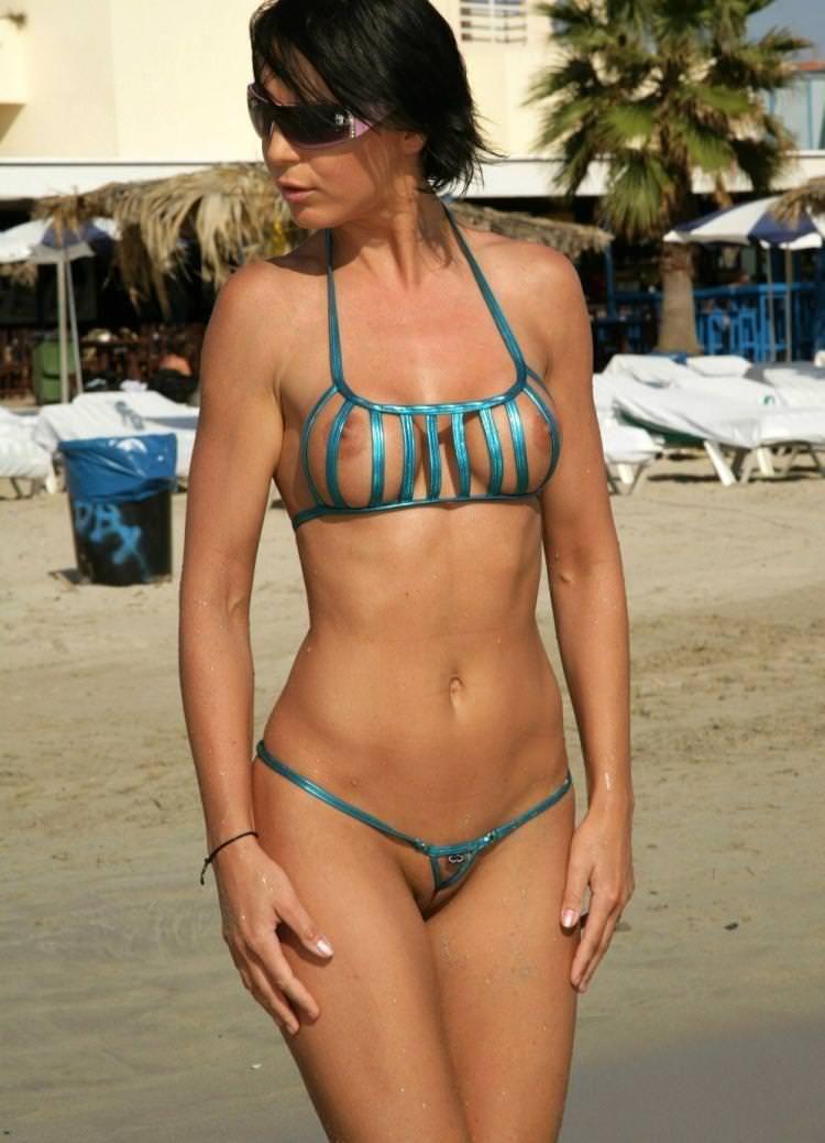 エロ水着の外国人美女 20