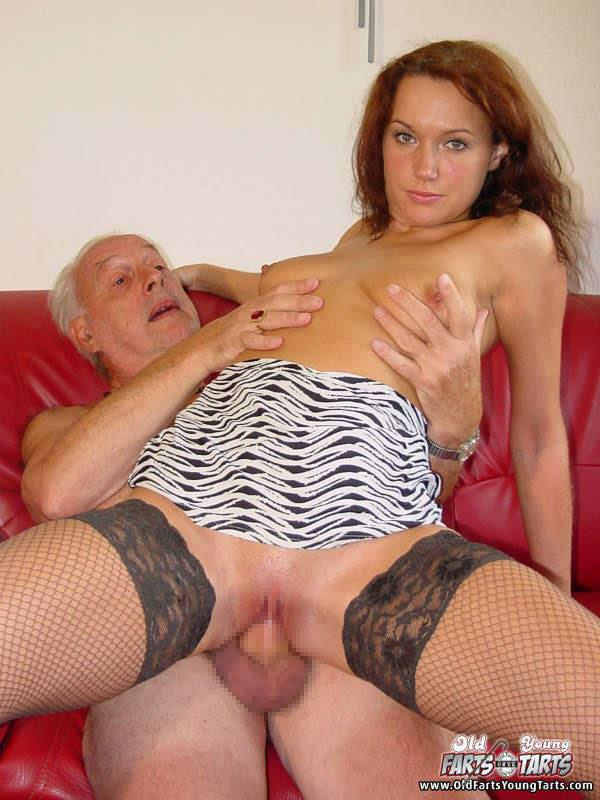 外国人美少女と老人のセックス 7