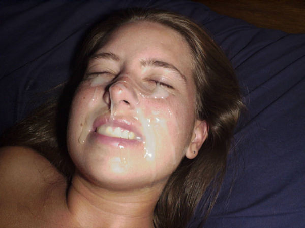 顔射されてる外国人美少女 14