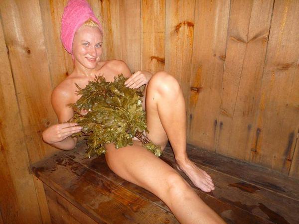サウナ浴中の外国人美女ヌード 7
