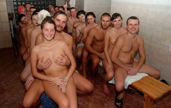 サウナ浴中の外国人美女ヌード 22