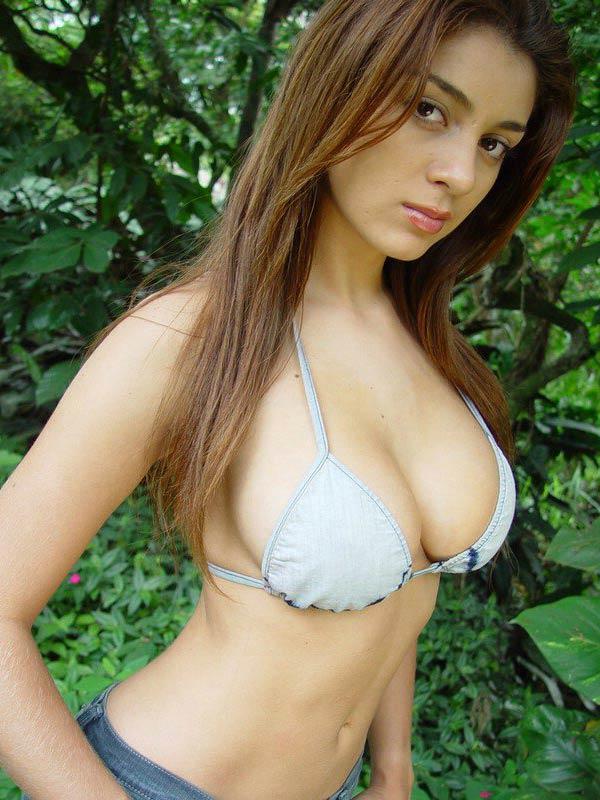 セクシー外国人美女の水着姿 4