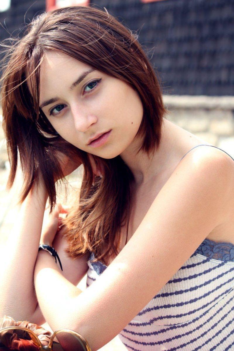 妖精みたいな外国人美少女のヌード 7
