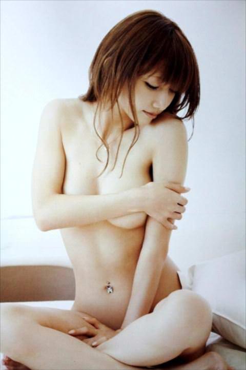 【衝撃】後藤真希、ヌード画像再び!←この身体を自由にしている男がいるなんて…