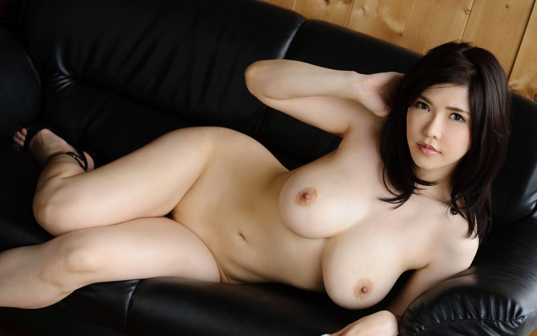 全裸にハイヒール履いた女の子 22