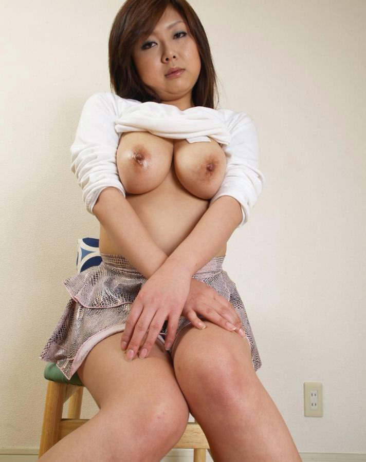 人妻巨乳 7