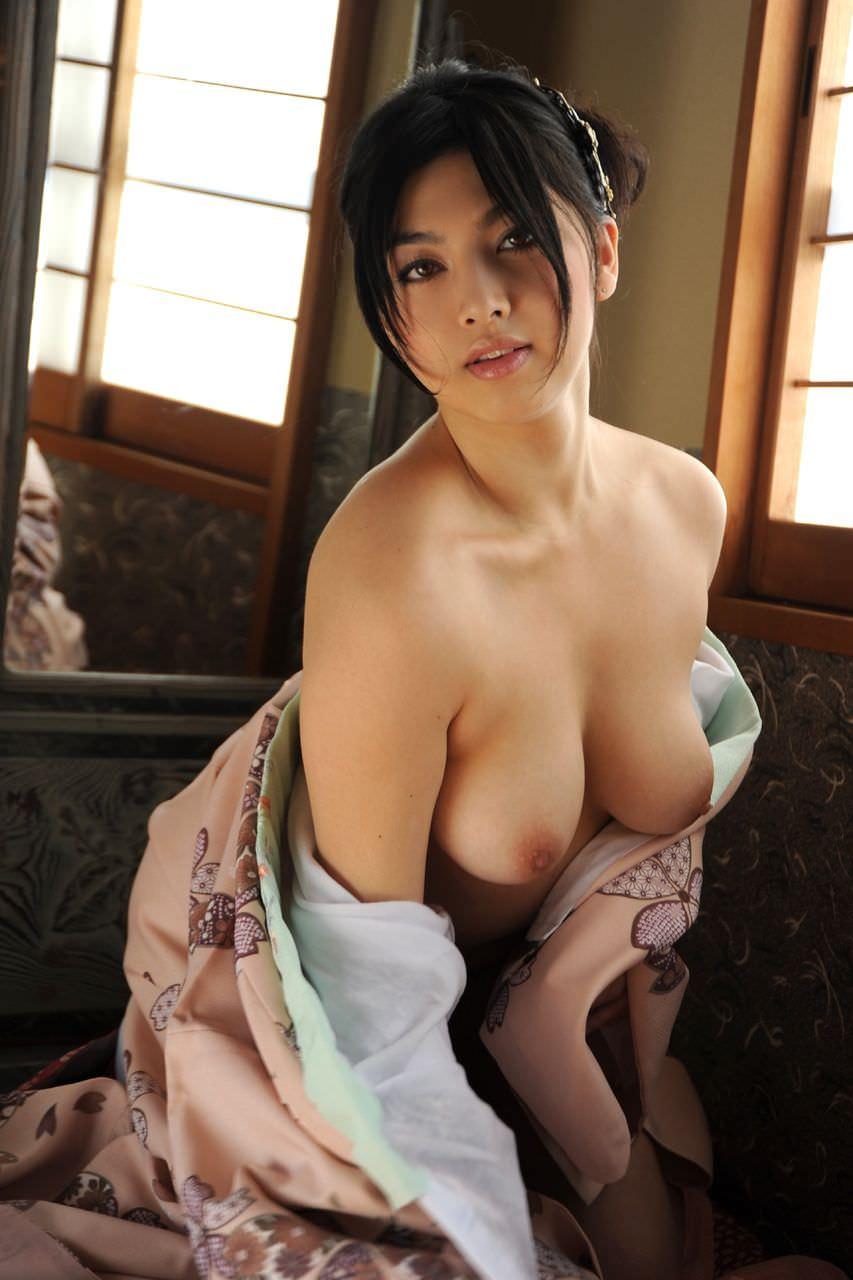 人妻巨乳 17