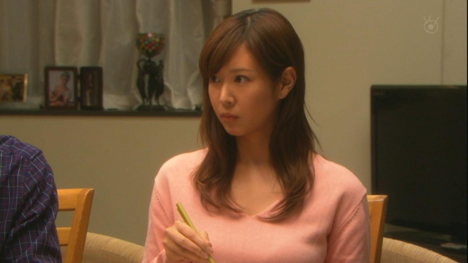 昼ドラに出てる岩田さゆり(24)が巨乳でエロ可愛いwww【キャプ画像】