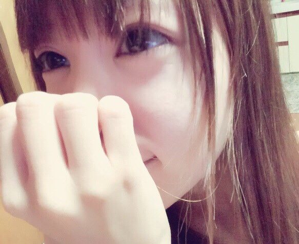 【流出32枚】超激カワ☆現役読者モデル娘がマン肉たっぷりマ○コ写メを投稿してたぜーwww
