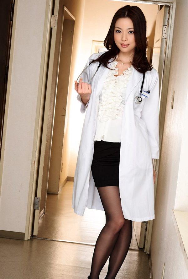 美人女医 16
