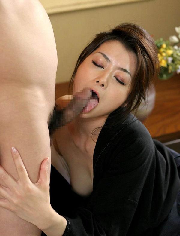 熟女のフェラ 14