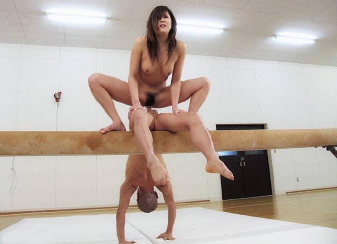 変わった体位のセックス 9