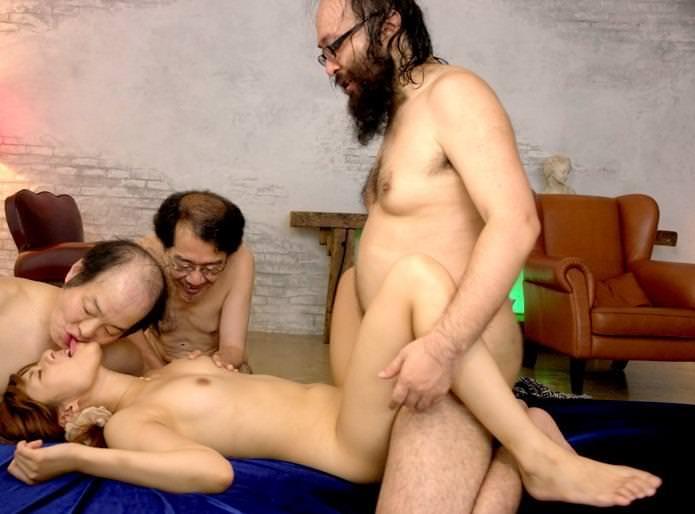 キモメンと美少女のセックス 39