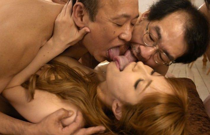 キモメンオヤジと美少女のセックス 3