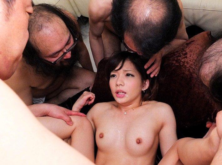 キモメンオヤジと美少女のセックス 12