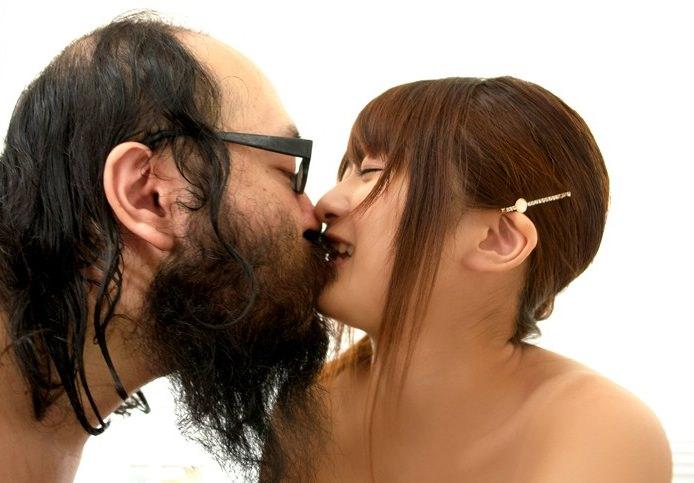 キモメンオヤジと美少女のセックス 38